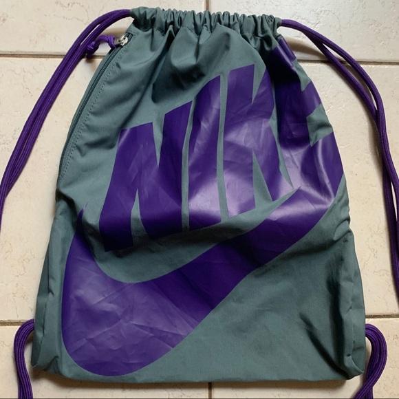 e32cf3e44b Nike Drawstring Backpack. M 5c80465da5d7c64fa4ed07ec